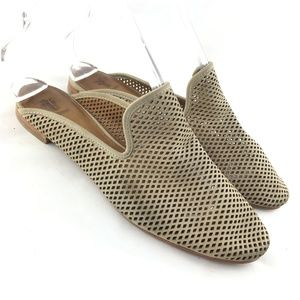 Mules slip on shoe flat taupe leather Gwen Perf 7